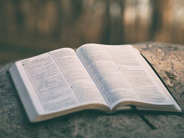 Historische Hintergründe zur Bibel, Bibelübersetzungen